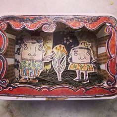 Caixa de queijo filadélfia reciclada. Peça única. Feito por Renata GAM.