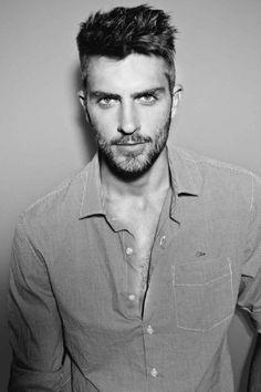 Beard Men styles fashion / hair / beard / cute guys