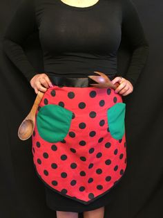 Red & Black Lady Bug Waist Apron by InspiradaPorJULIA on Etsy
