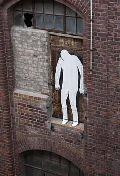 Street art graffiti - Ghostly Painted Figures in an Abandoned Building in Leipzig – Street art graffiti Urban Street Art, 3d Street Art, Amazing Street Art, Street Artists, Urban Art, Amazing Art, Tachisme, Land Art, Art Banksy