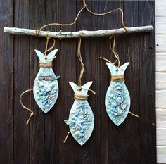 In den Wolken verdreht: Wohnkultur - - Aktuel. - List of the most creative DIY and Crafts Sea Crafts, Fish Crafts, Wood Crafts, Slab Pottery, Ceramic Pottery, Ceramic Art, Summer Decoration, Clay Fish, Wooden Fish