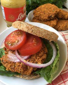 Smoky Pinto Bean & Sweet Potato Burgers/nourishyourselfnow.com