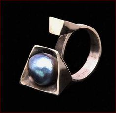 Margaret De Patta: ring, 1953. white gold and baroque pearl - American Modernist Jewelry