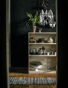 serving dish storage Dish Storage, Pantry Design, Dark Walls, Footprint, Kitchenware, Interior Inspiration, Beautiful Homes, Bookcase, Loft