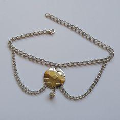 GEO silver rhinestone anklet Unique Jewelry, Jewelry Design, Hand Chain, Silver Rhinestone, Anklets, Geo, Hands, Pendant Necklace, Bracelets