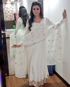 My Attitude😎is depend on you how you treat me? Pakistani Outfits, Indian Outfits, Indian Clothes, White Anarkali, White Kurta, White Salwar Suit, Salwar Suits, Designer Anarkali Dresses, Indian Designer Suits