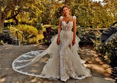 Eve of Milady - Couture wedding dresses Style 4366 Ivory/Ivory strapless hand embroidered fit and flare silhouette. Colors available Ivory/Blush, Ivory/Ivory. Eve Of Milady Wedding Dresses, Stunning Wedding Dresses, Wedding Dress Styles, Designer Wedding Dresses, Bridal Dresses, Beautiful Dresses, Wedding Gowns, Wedding Bells, Amalia Carrara Wedding Dresses
