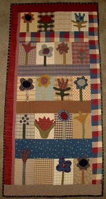 Prairie Flowers Quilt pattern by Cheri Payne Wool Quilts, Scrappy Quilts, Mini Quilts, Hand Applique, Applique Quilts, Applique Ideas, Wool Applique, Applique Patterns, Primitive Quilts