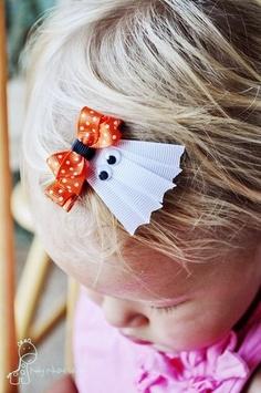 halloween hair clip... cute