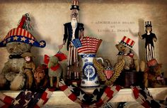 Beautiful Mantel display for 4th of July....picture courtesy of Linda Dorr. Thanks so much Linda for allowing me to share this with other Arctophiles....What a lovely  Fun Display !!