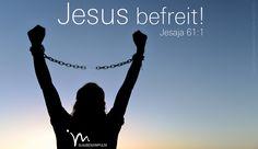 """""""Der #Geist des #Herrn ruht auf mir, weil er mich #berufen hat. Er hat mich #gesandt, den #Armen die #frohe #Botschaft zu bringen und die #Verzweifelten zu #trösten. Ich rufe #Freiheit aus für die #Gefangenen, ihre Fesseln werden nun gelöst und die #Kerkertüren #geöffnet."""" #Jesaja 61:1 #glaubensimpulse"""