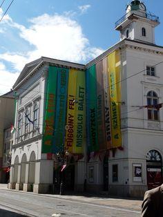 Magyarország első kőszínháza Hungary, Broadway Shows