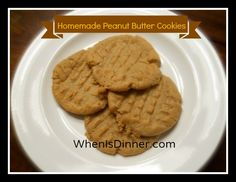 ***Re-Pin*** this amazing Homemade Peanut Butter Cookies Recipe!