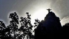 O Rio de Janeiro é um esculacho... Foto tirada no Humaitá.
