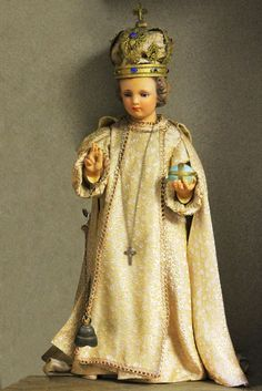 Infant Of Prague by Scott E Kwiecinski Images Of Christ, Pictures Of Jesus Christ, Religious Pictures, Catholic Art, Roman Catholic, Sto Nino, Infant Of Prague, Jesus Clothes, Queen Of Heaven