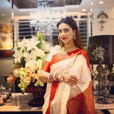 Indian Sarees, Silk Sarees, Saree Blouse, Sari, Bengali Bridal Makeup, National Film Awards, Bengali Bride, Cute Actors, Beautiful Saree