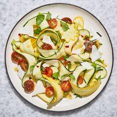 Sauteed Squash, Squash Salad, Zucchini Salad, Healthy Zucchini, Best Zucchini Recipes, Summer Squash Recipes, Summer Recipes, Healthy Recipes, Gf Recipes
