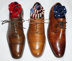 Men's Brown Cap + Plain Toe Oxford shoes with playful socks
