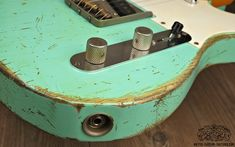 Telecaster heavy relic Body Artys Custom Guitars Shop Tele Relicing Swamp Ash swampash Alder Nitro NC Finish nitrofinish aged Roadworn Arty's