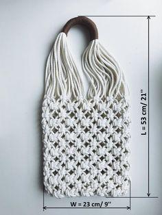 Basic Macrame Knots : Step by Step Guide Macrame Art, Macrame Projects, Macrame Knots, Art Macramé, Net Bag, String Bag, Macrame Patterns, Market Bag, Etsy