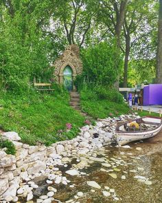 Chelsea Flower Show 2017 highlights - from flamenco dancers to walking trees | The Telegraph