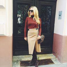 #atumn#ootd#autumnfashion#style#lookbook#shoesoftheday#shoeaddict#högl#celine#celineaudrey#louisvuitton#pochettemetis#zara#zaradaily#mangofashion#fashion#instadaily#metoday#blogger#vienna#skirt#celineparis#brown#turtleneck#asseenonme#blonde#austrianblogger#looklikeyou#fashioninsta Celine, Zara, Ootd, National Holidays, Sweater Weather, Vienna, Turtleneck, Skirt, My Style