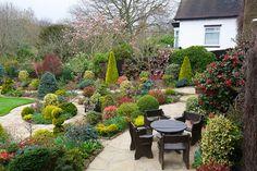 Colours of mid spring in the upper garden | English garden f… | Flickr
