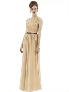 Alfred Sung Style D653 http://www.dessy.com/dresses/bridesmaid/d653/#.VqPZlFMrKfQ