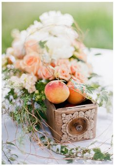 Peaches and tangerines with an antique sewing machine drawer. Yep, gunna do this.