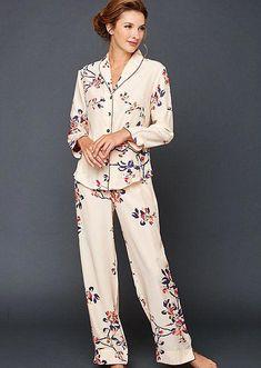 48d0b4359f00 32 excelentes imágenes de pijamas | Outfits, Pajamas y Nightgown