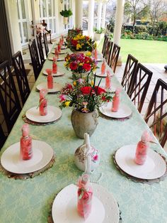 #tea #party #table#decor #pretty #flowers #lace #spring