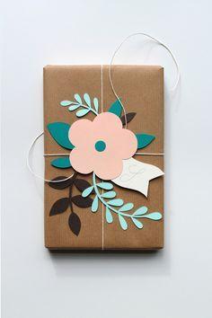 DIY Paper Flower Gift Topper Tutorial