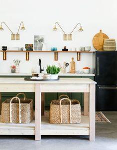 DIY Black Fridge with Brass Pulls – Juniper Home - Kitchen Cabinet Ideas Kitchen Decor, Kitchen Design, Kitchen Ideas, Ikea Kitchen, Studio Kitchenette, Fridge Makeover, Smeg Fridge, Little Green Notebook, House Ideas