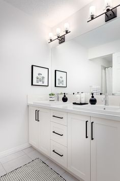 Great idea for an all white bathroom. Bathroom cabinets have a sharp black handle hardware. Collingwood Livingston Bathroom in Excel Homes All White Bathroom, Bathroom Remodel Master, Bathroom Makeover, Cheap Home Decor, Show Home, Bathroom Interior, White Bathroom Cabinets, Bathroom Decor, White Master Bathroom