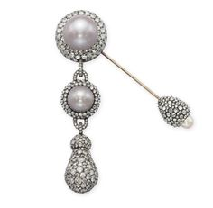 Lily Safra's JAR Fibula Brooch which was sold for $350,000 in Christie's 2012.