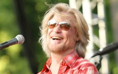 Daryl Hall: Making Music on Tour, at His House, and in His Club