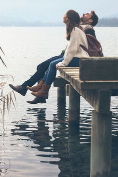 Closeup of young couple sitting on wooden dock at the lakeshore. / Banyoles, Spa… Closeup of young couple sitting on wooden dock at the lakeshore. Couple Photoshoot Poses, Couple Shoot, Cute Couples Goals, Couple Goals, Young Couples Photography, Couple Travel, Couple Style, Relationship Goals Pictures, Romantic Pictures