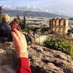 https://flic.kr/p/r415Su | Up sticks crew taking in the Athens ruins.. Magic day ! #upsticksandgo #athens #ruins #acropolis #tourist #travel #travelgram #travellingwithkids #travellingfamily #travellingtheworld #michfrost