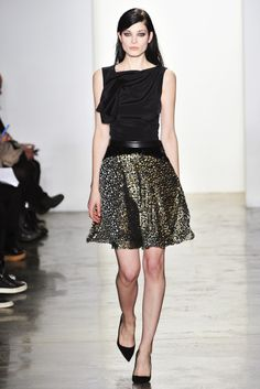Sophie Theallet Fall 2014 Nice blouse construction Nice silhouette with waist treatment
