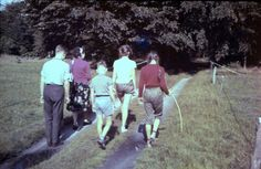 1958. In de bossen bij Putten, verplichte wandeling met Pa en Moe. Moe, Soccer, Futbol, European Football, European Soccer, Football, Soccer Ball