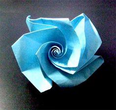 折り紙のバラの簡単な折り方!子供も折れる立体の折り方を紹介 | コタローの日常喫茶
