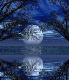 A Blue Moon is a second full moon in a single month. Moon Photos, Moon Pictures, Pretty Pictures, Moon Pics, Beautiful Moon, Beautiful World, Beautiful Places, Stars Night, Shoot The Moon