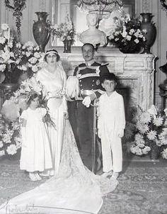 Joaquin Alvarez de Toledo y Caro, 20. duque de Medina Sidonia, * 1894 y Maria del Carmen Maura y Herrera