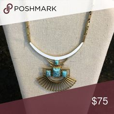 """Stella and Dot Sunray Pendant Necklace EUC.  Gold. 15.5"""" with 3.5"""" Extender.  Can be worn 3 ways.  Comes with original packaging. Stella & Dot Jewelry Necklaces"""
