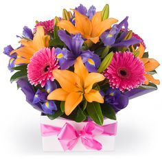 Mixed flower arrangement delivery in Belarus $59.99