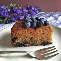 I've been blueberry crazy lately. I made this cake with some beautiful blueberries I got at the market and had it for breakfast. It has fruit, Greek yogurt, nuts and oatmeal. It pretty much has bre...