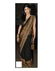 Are you hunting for a rich looking bridal saree? Do you know that Plain golden sarees are now the latest trend with many contemporary brides? Read on to explore the best collection of Golden saree designs! Simple Lehenga, Simple Sarees, Bollywood Saree, Bollywood Fashion, Golden Saree, Indian Wedding Gowns, Shruti Hassan, Sari Blouse Designs, Desi Wear