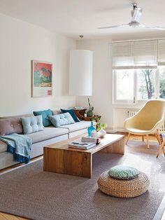 Este piso hace del eclecticismo su sello personal. ¿Cómo? Con una base impecable, que recupera elementos originales, combina muebles de línea actual y tonos neutros.