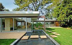 "modern homes los angeles: Vidal Sassoon's ""The Singleton House"", Hits Market Again"