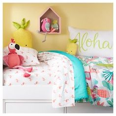 Aloha Standard Pillowcase - White - Pillowfort™ LYLOVE STUDIO